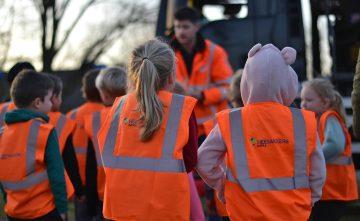 Kinderen De Ieme in Veghel krijgen veiligheidsles